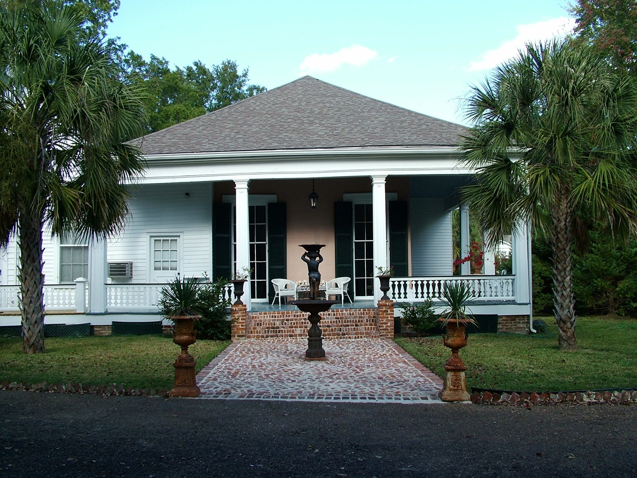 Natchez MS, Bed and Breakfast at the Stone House